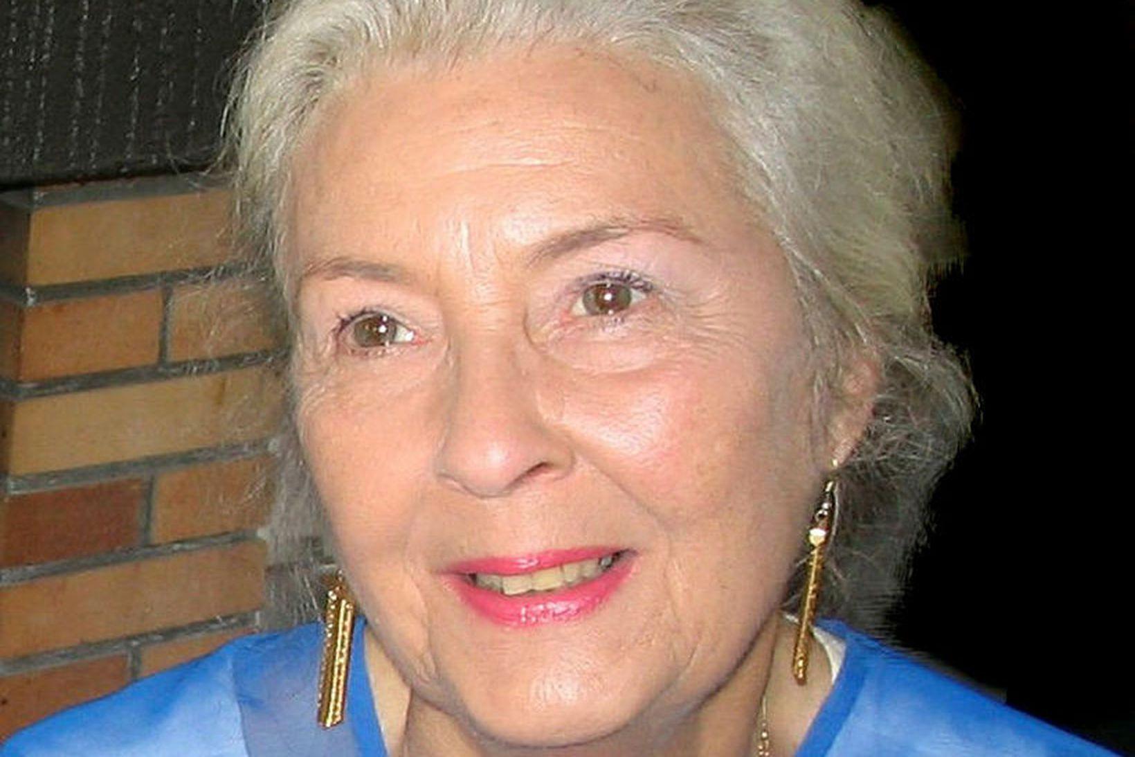 Kristín Sveinbjörnsdóttir.