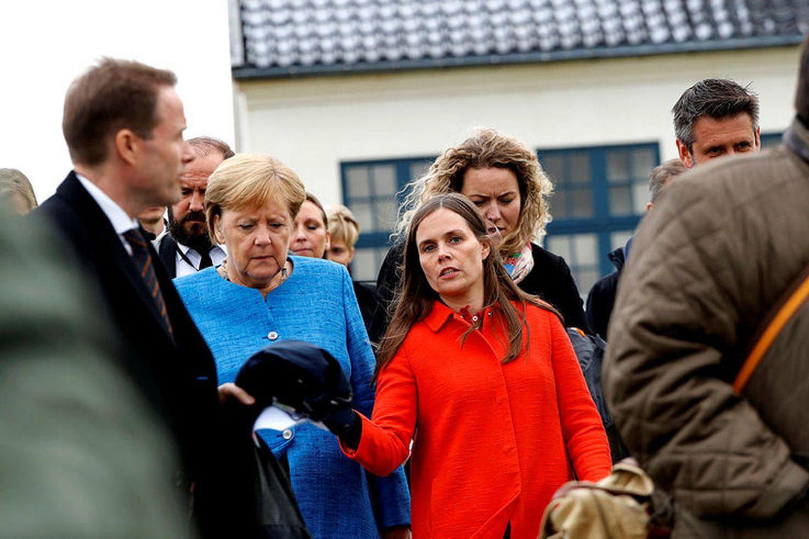 Angela Merkel og Katrín Jakobsdóttir eftir fund norrænu ráðherranna og …