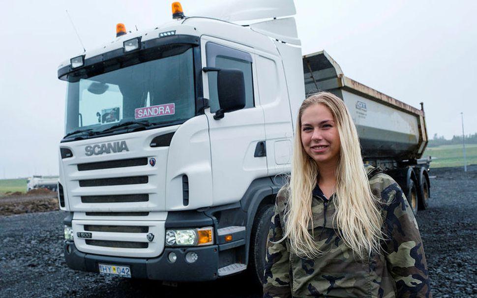 Sandra Rún Ágústsdóttir veit margt um ökutæki og kunni vel ...