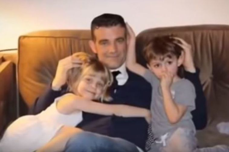 Stefán Karl Stefánsson with his children at a younger age.