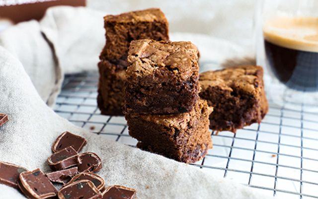Ekta brownies með kakó og Þrista lakkríssúkkulaði - já takk!