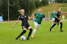 Hulda Karen Ingvarsdóttir og Agla María Albertsdóttir á Akureyri í kvöld.