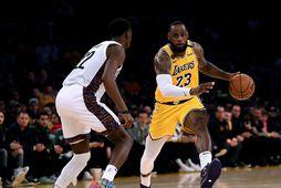 LeBron James ætlar sér fyrst og fremst að vinna meistaratitilinn með Los Angeles Lakers. En …