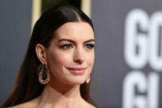 Anne Hathaway er annt um að standa sig vel í foreldrahlutverkinu.