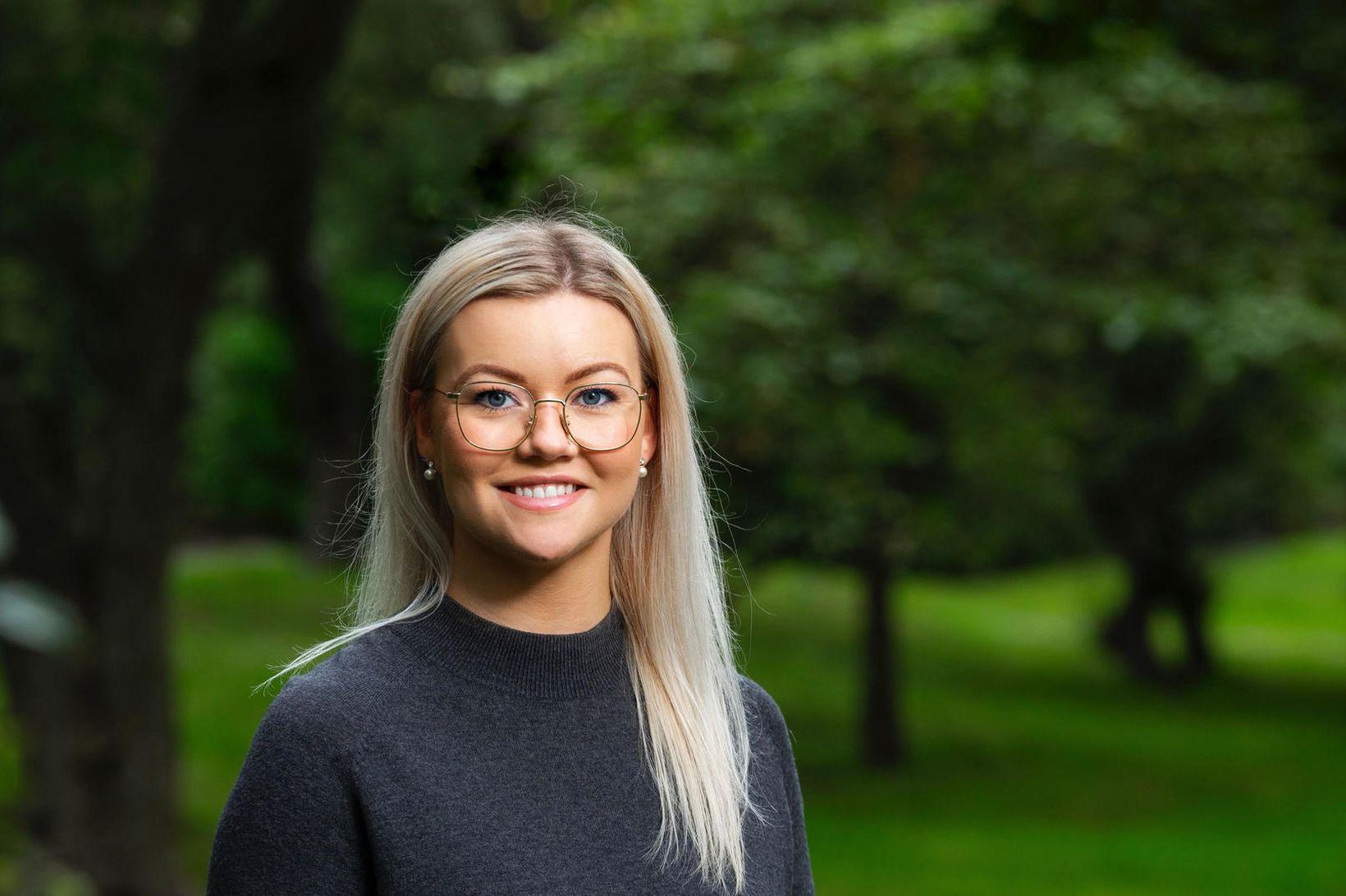 Jóna Þórey Pétursdóttir.