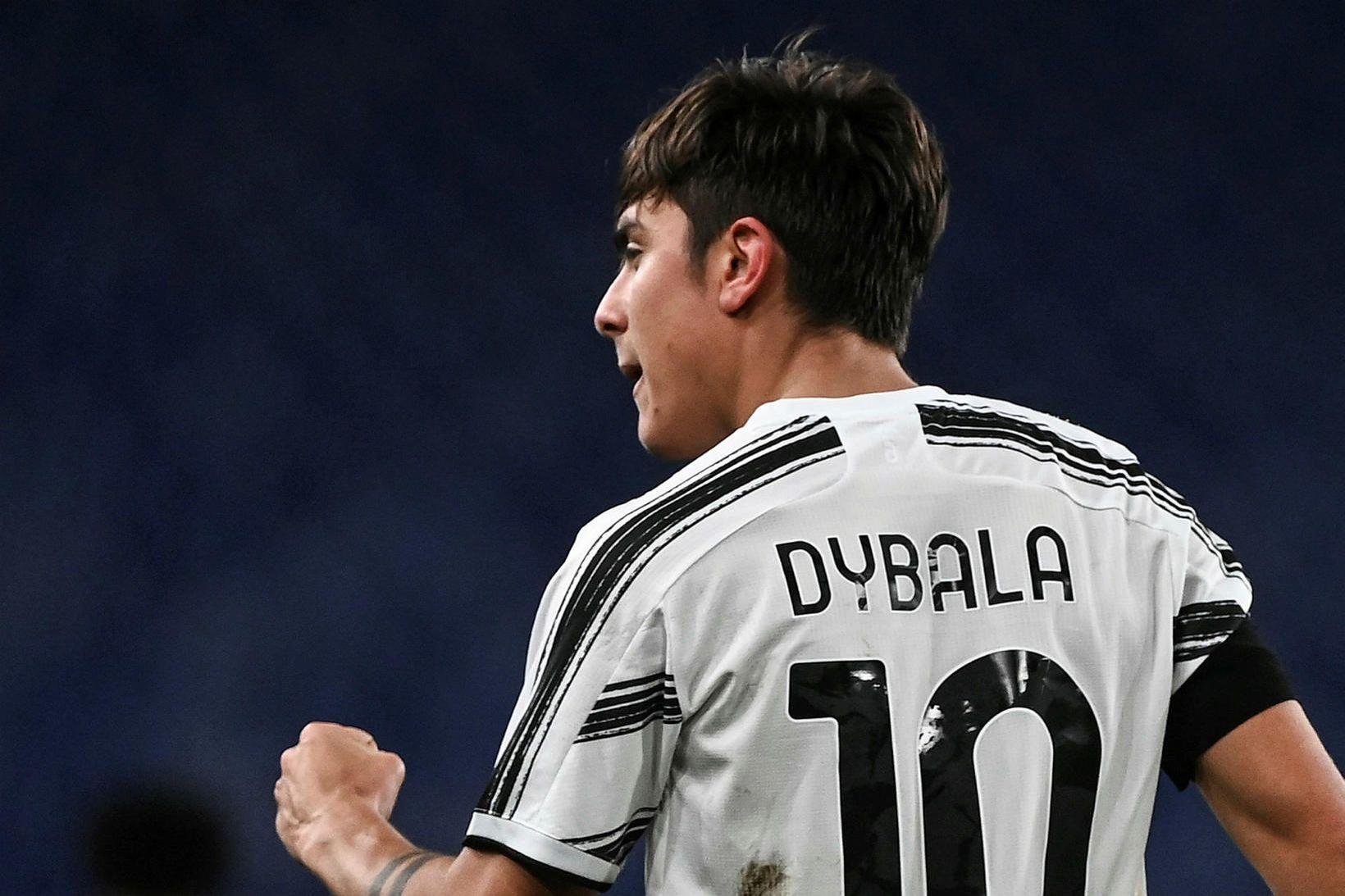 Paulo Dybala gekk til liðs við Juventus frá Palermo sumaruð …