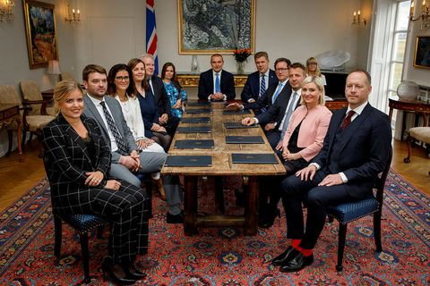 The Icelandic government, along with President Guðni Th. Jóhannesson. Only the minister of health and the minister of social affairs did not have to be tested, since they did not dine at the hotel.
