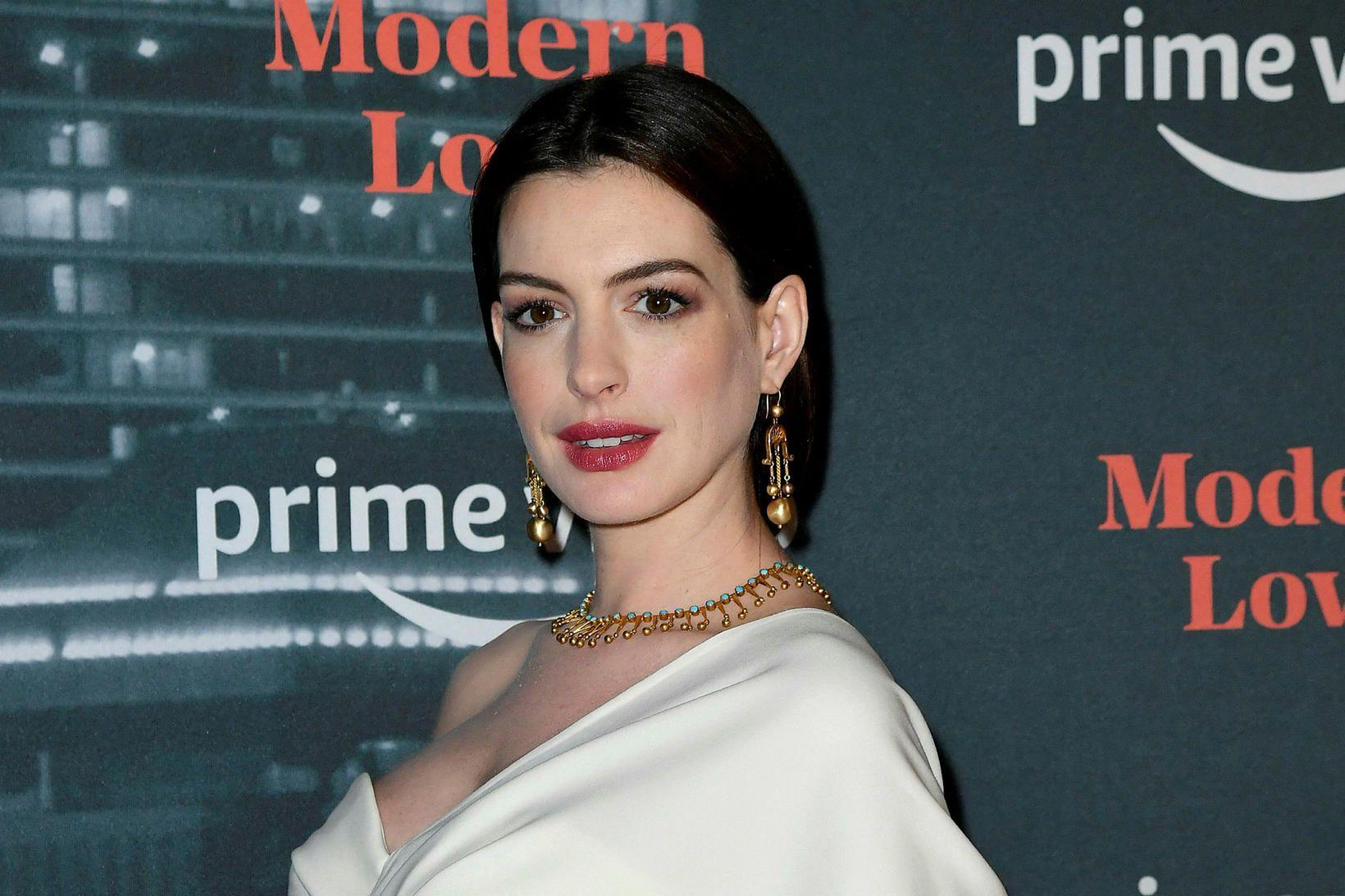 Anne Hathaway á frumsýningu Amazon Prime-þáttaraðarinnar Modern Love.