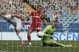 Jack Harrison skorar fyrir Leeds gegn Fulham í síðasta mánuði.