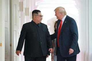 Kim Jong-un og Trump á fundi sínum í Singapúr þann 13. júní.