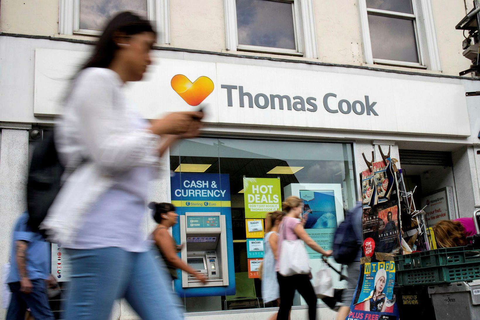 Ein af skrifstofum ferðaþjónustufyrirtækisins Thomas Cook í London. Rúmlega 150.000 …