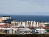 Harður árekstur varð á Njarðarbraut í Reykjanesbæ.
