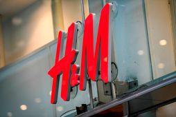 3.778 H&M-verslunum víða um heim hefur verið lokað, en alls eru 5.065 H&M-verslanir starfræktar í …