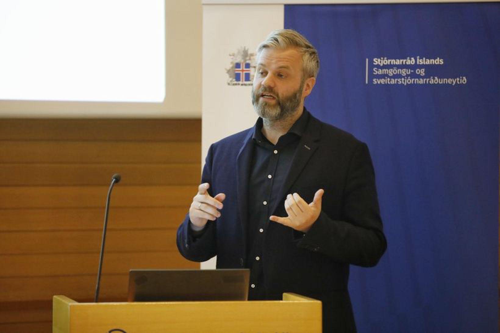 Þorsteinn R. Hermannsson, samgöngustjóri Reykjavíkurborgar, á fundinum í morgun.