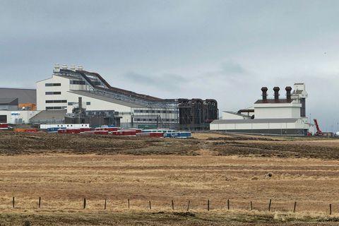 Starfsemi hófst í kísilveri PCC á Bakka við Húsavík síðasta vor.
