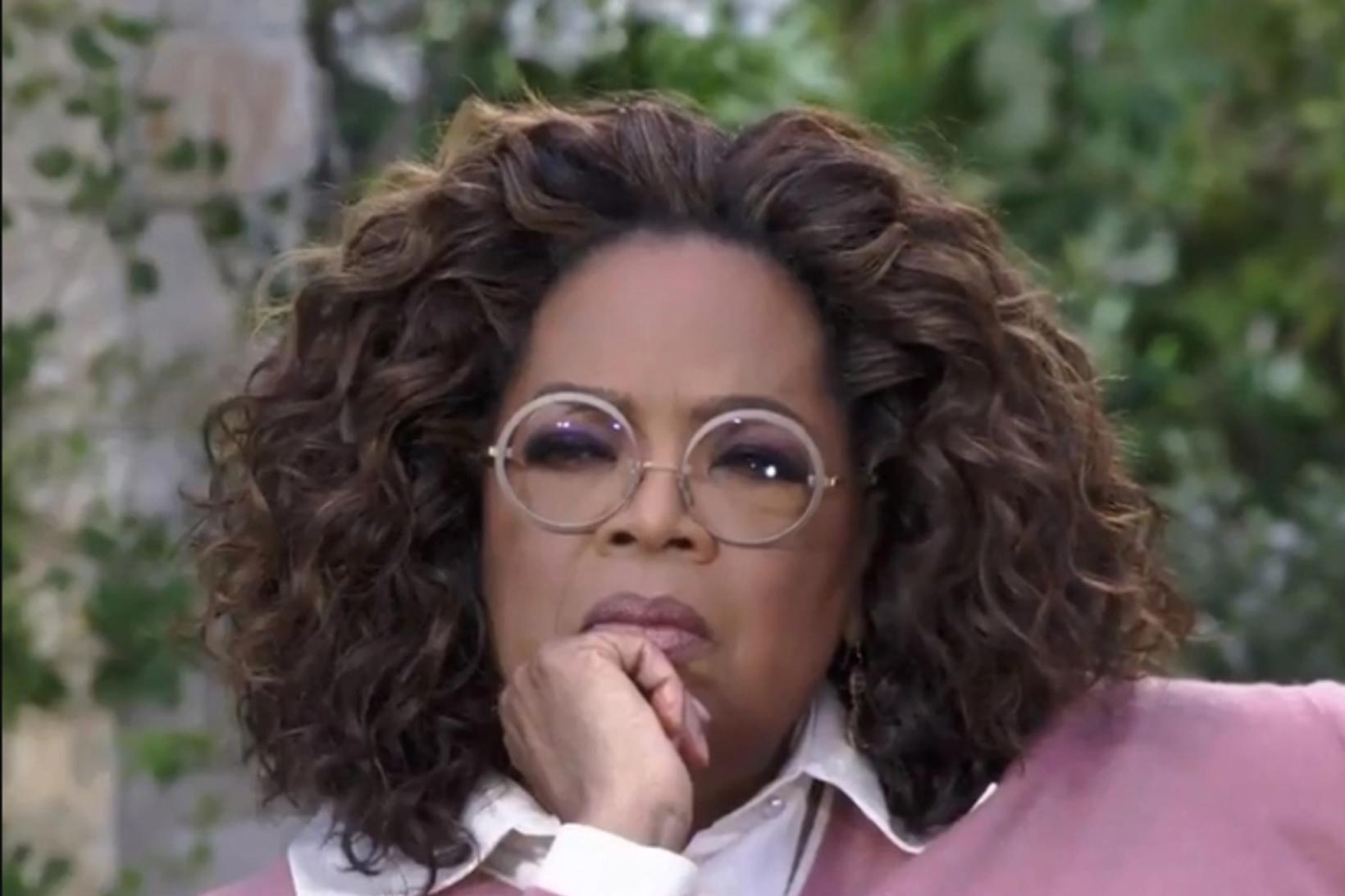 Oprah Winfrey með gleraugun í viðtalinu fræga.