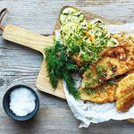 Geggjuð rauðspretta með stökku salati