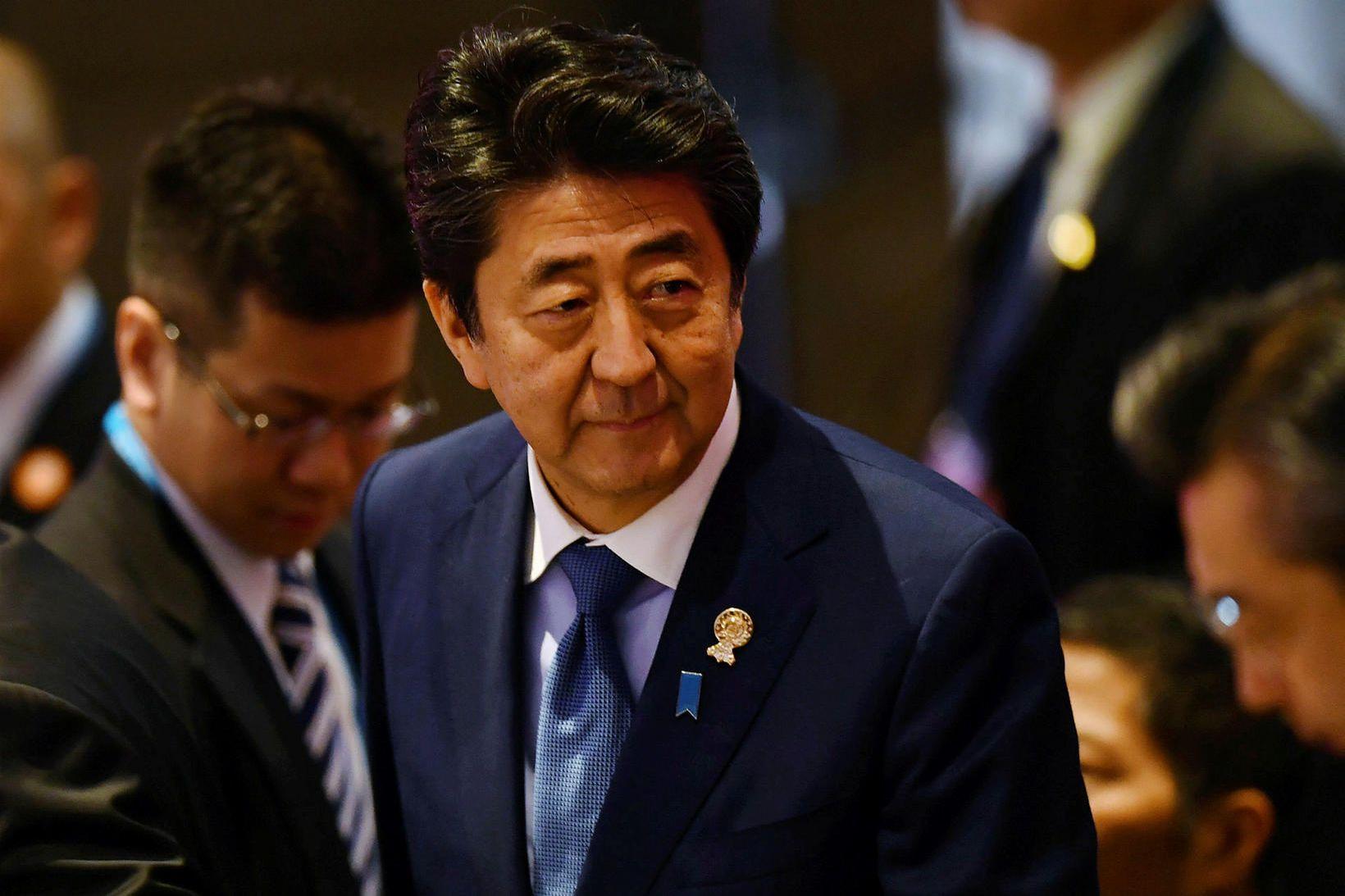 Shinzo Abe, forsætisráðherra Japans. Þar óttast sérfræðingar m.a. að það …