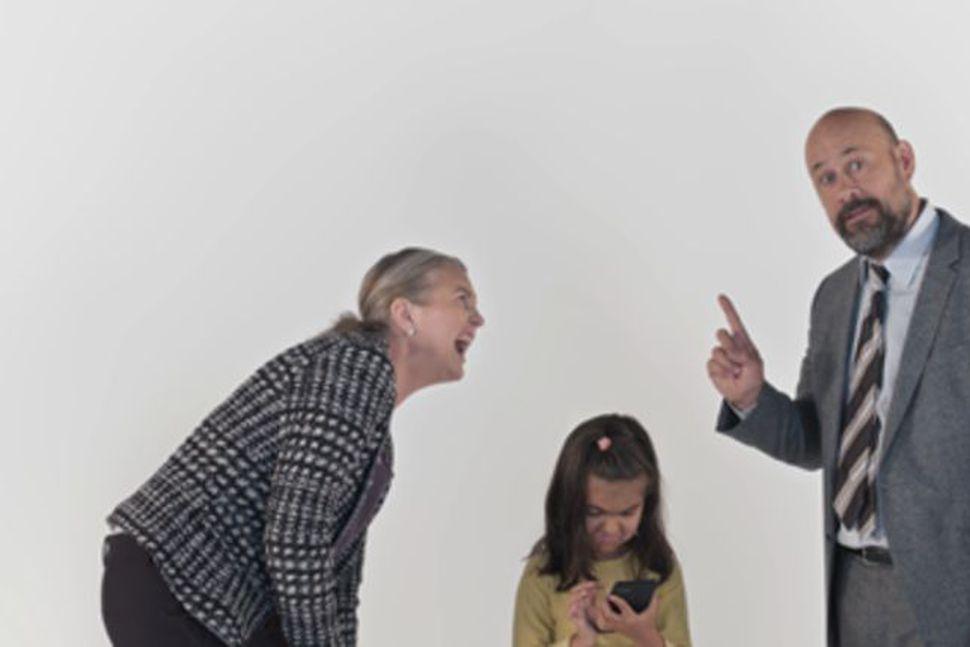 Halldóra Geirharðsdóttir og Benedikt Erlingsson eru í aðalhlutverkum í myndböndunum.