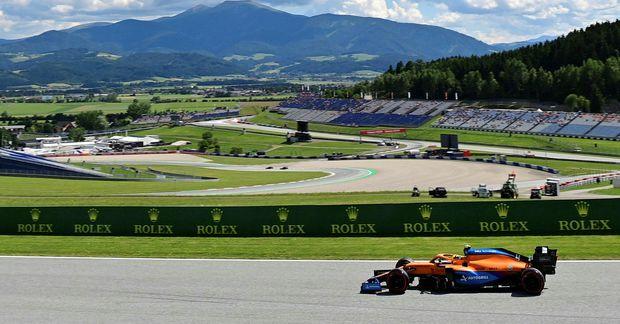 Fagurt er til fjalla í Austurríki en Lando Norris á McLaren varð að einbeita sér …