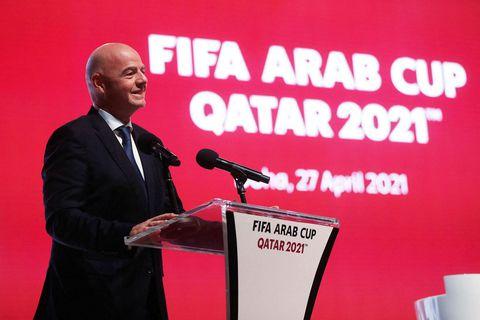 Gianni Infantino forseti FIFA er sagður hafa lagt blessun sína yfir stofnun ofurdeildarinnar.