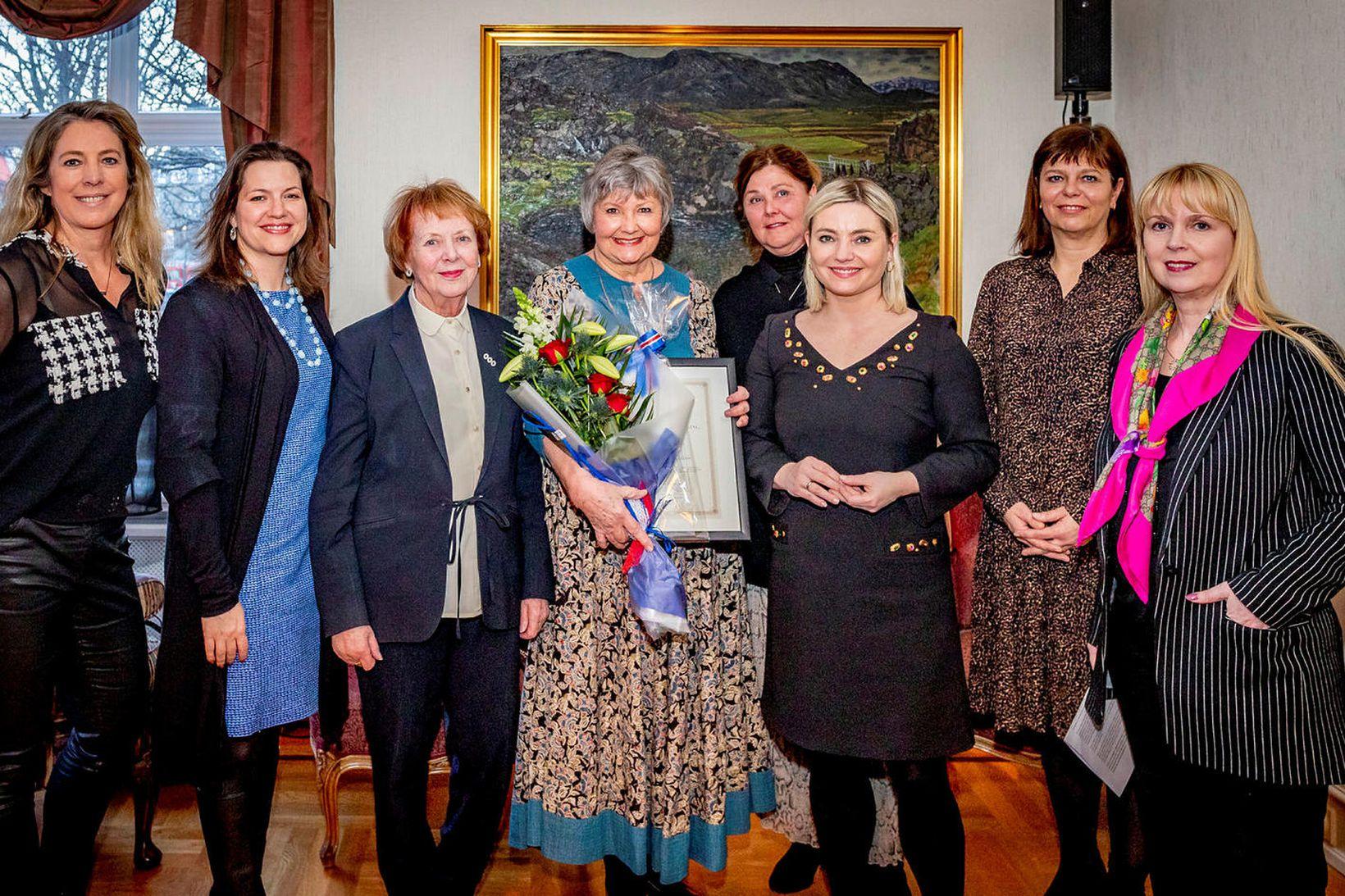 Elísabet Sveinsdóttir, Elíza Reid, Vigdís Finnbogadóttir, Guðrún Pétursdóttir, Hanna Lára …