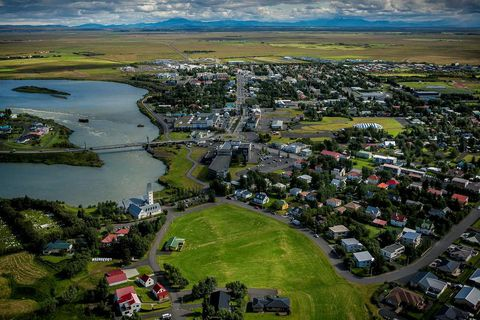 The earthquake was clearly felt by locals in Selfoss.