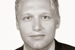 Benedikt Ólafsson hefur látið af störfum sem fjármálastjóri Skeljungs.