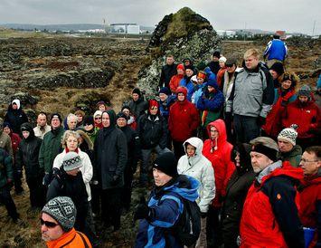 Um 100 manns gengu á sínum tíma um Gálgahraun á Álftanesi til að skoða fyrirhugað ...