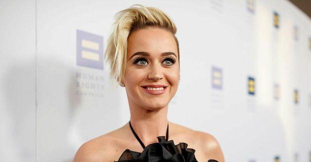 Katy Perry fór til Havaí.