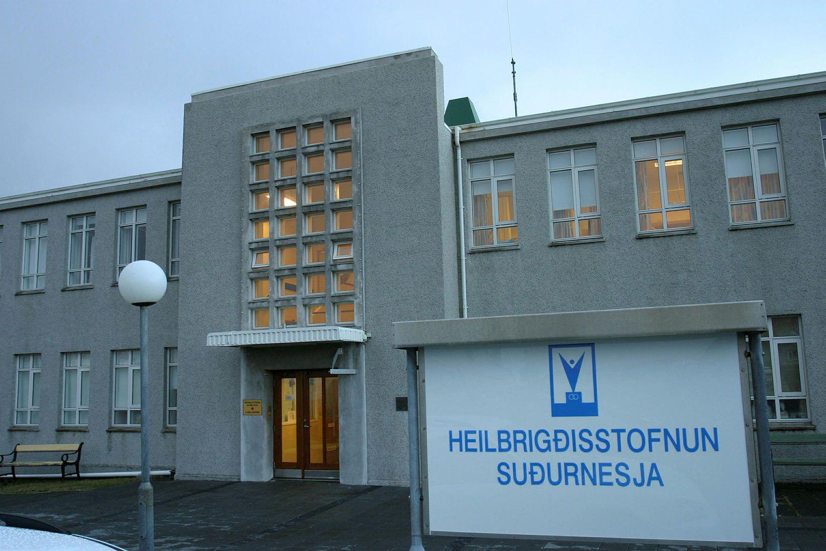 Læknirinn starfaði á Heilbrigðisstofnun Suðurnesja.