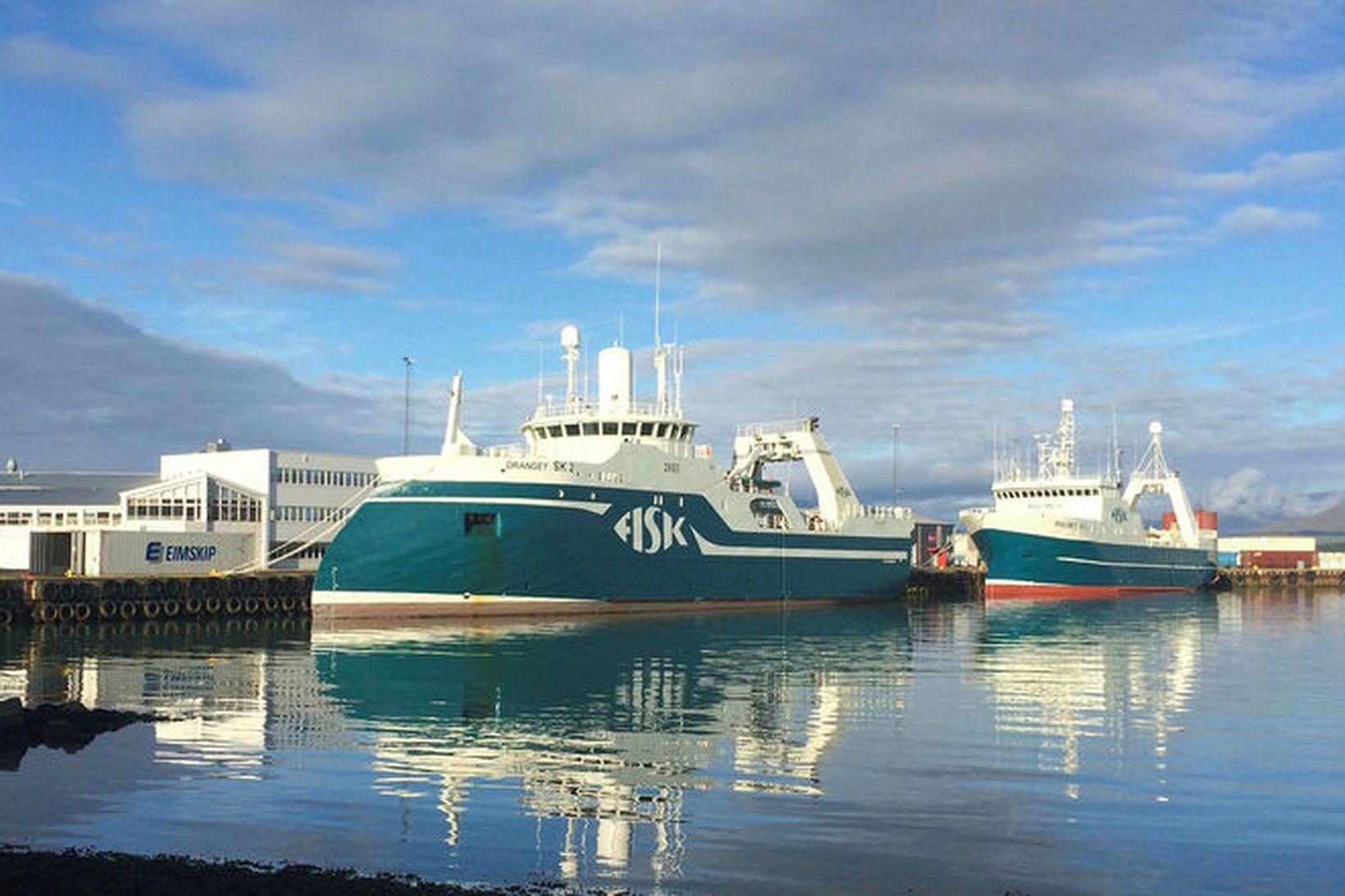 Drangey og Málmey, ísfisktogarar FISK Seafood við bryggjuna á Sauðárkróki.