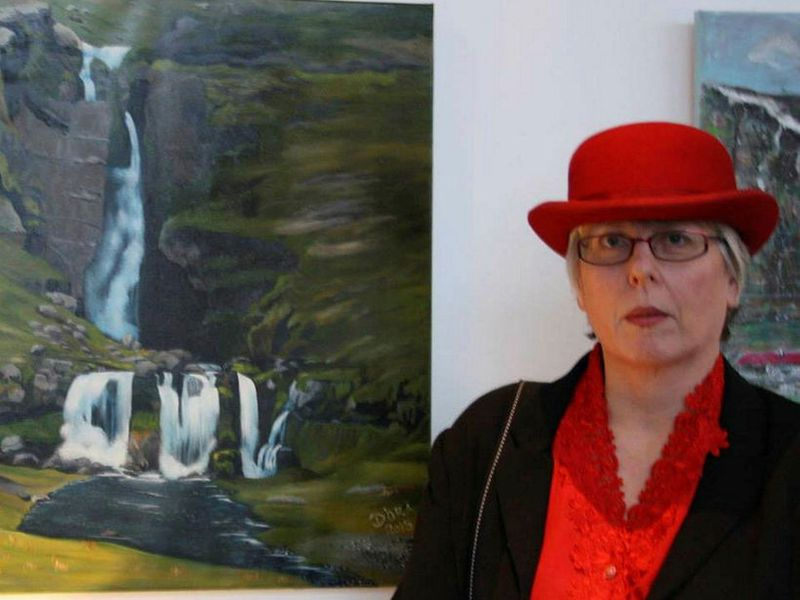Dóra Sigurðarsóttir, farmer at Vatnsdalshólar was offended by the tourist.