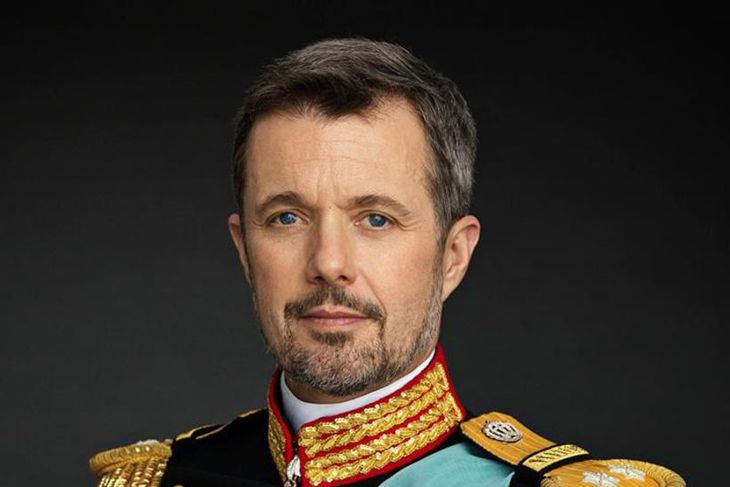 Friðrik krónprins verður fimmtugur í næsta mánuði og af því ...