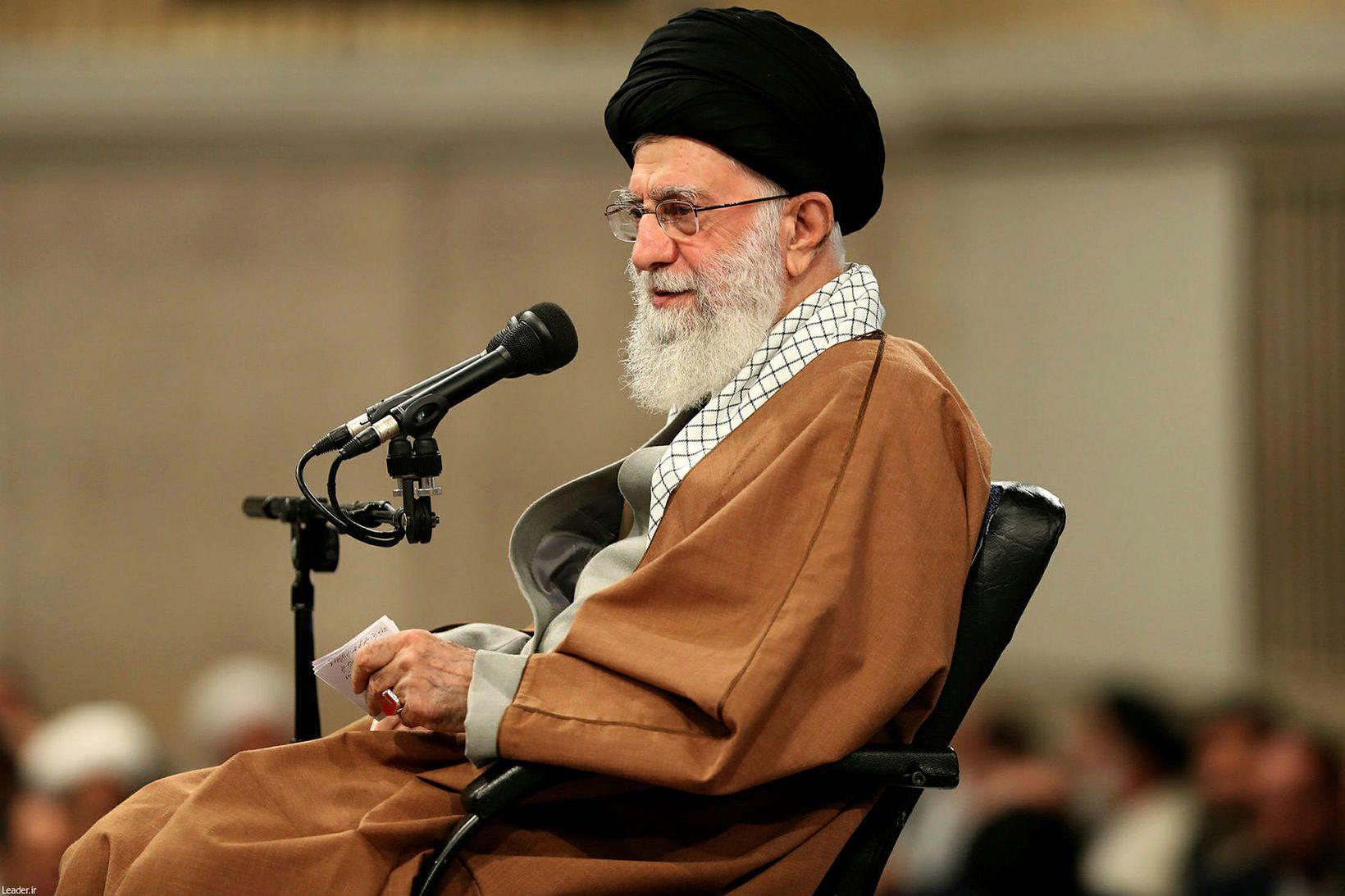 Ali Khamenei, æðsti klerkur Íran.