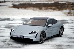 Porsche Taycan 4S er stórkostlegur sportbíll jafnvel þótt hann sé 326 hestöflum aflminni en TaycanTurbo …
