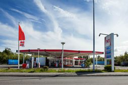 One of N1's many gas stations. They employ quite a few foreigners.