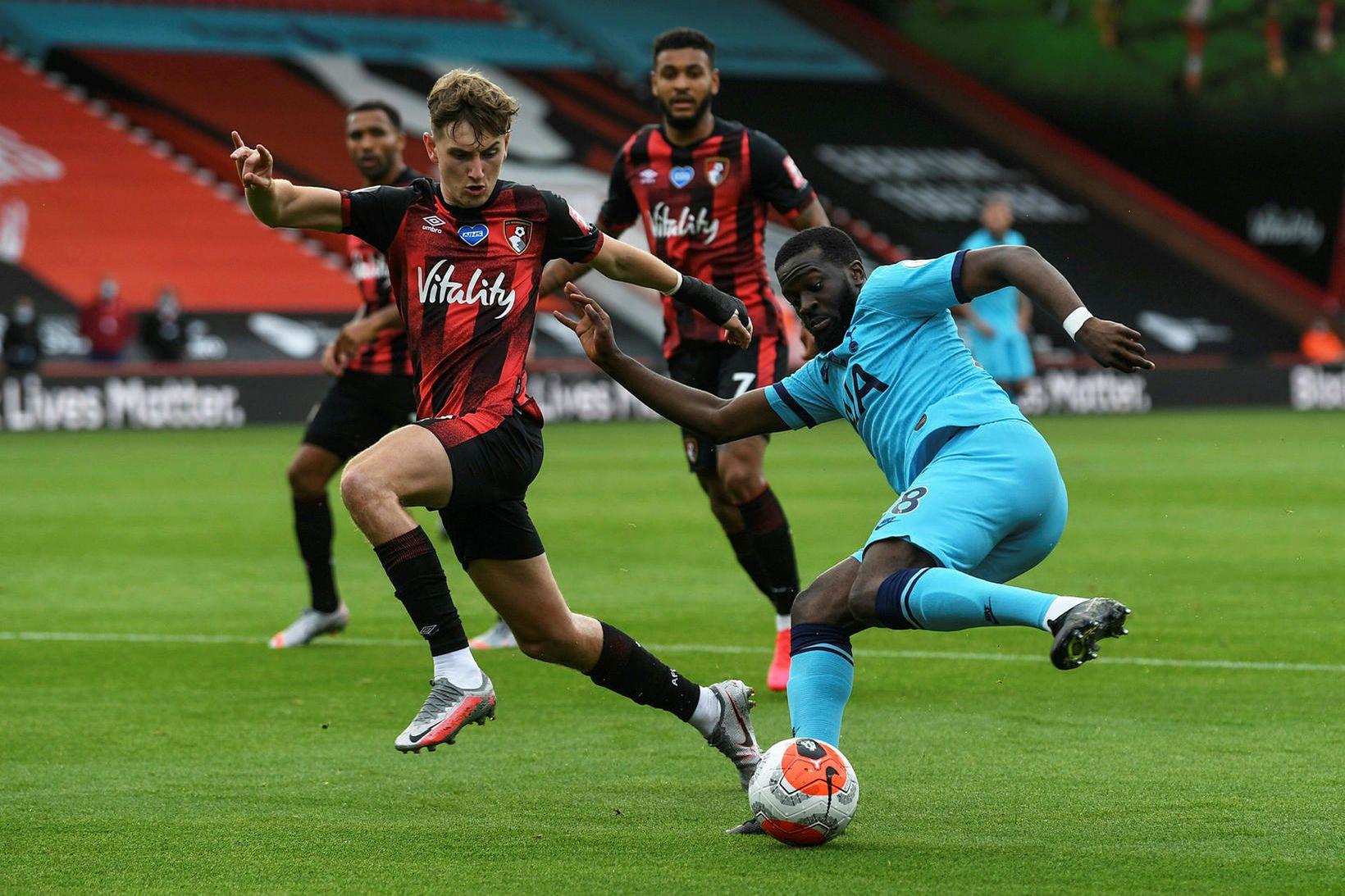 Tanguy Ndombele í leik með Tottenham gegn Bournemouth í byrjun …