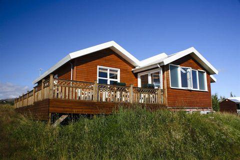 Úthlíð Cottages and Travel Service