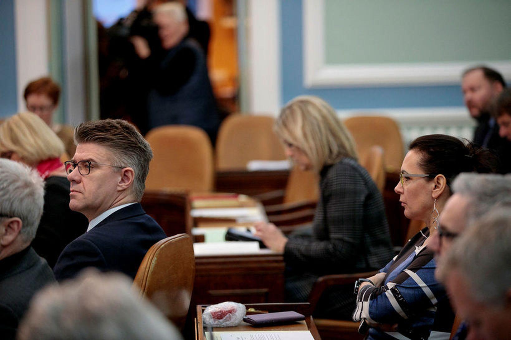 Gunnar Bragi Sveinsson og Bergþór Ólason, þingmenn Miðflokksins, sneru aftur …