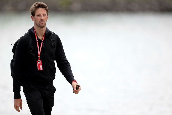 Romain Grosjean við brautarskoðun í Montreal en þá var múrmeldýrið ekki við brautina.