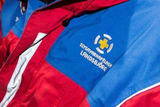 Slysavarnarfélagið Landsbjörg er á staðnum.
