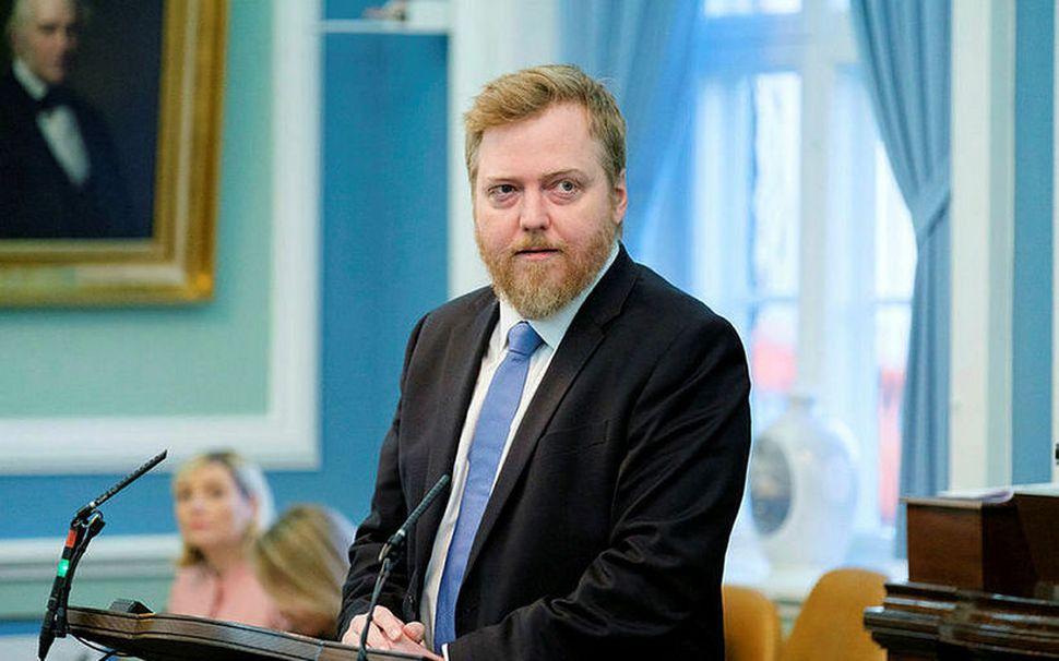 Sigmundur Davíð Gunnlaugsson formaður Miðflokksins í ræðustóli á Alþingi.