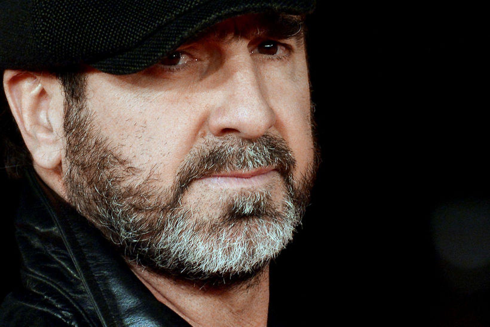 Eric Cantona er nýjasti leikmaðurinn í frægðarhöll ensku úrvalsdeildarinnar.