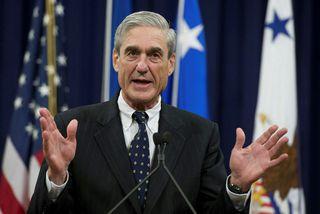 Robert Mueller, sérstakur saksóknari FBI, í rannsókn á meintum afskiptum Rússa af bandarísku forsetakosningunum. Skýrslu ...