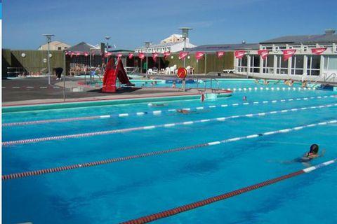 Álftaneslaug Swimming Pool