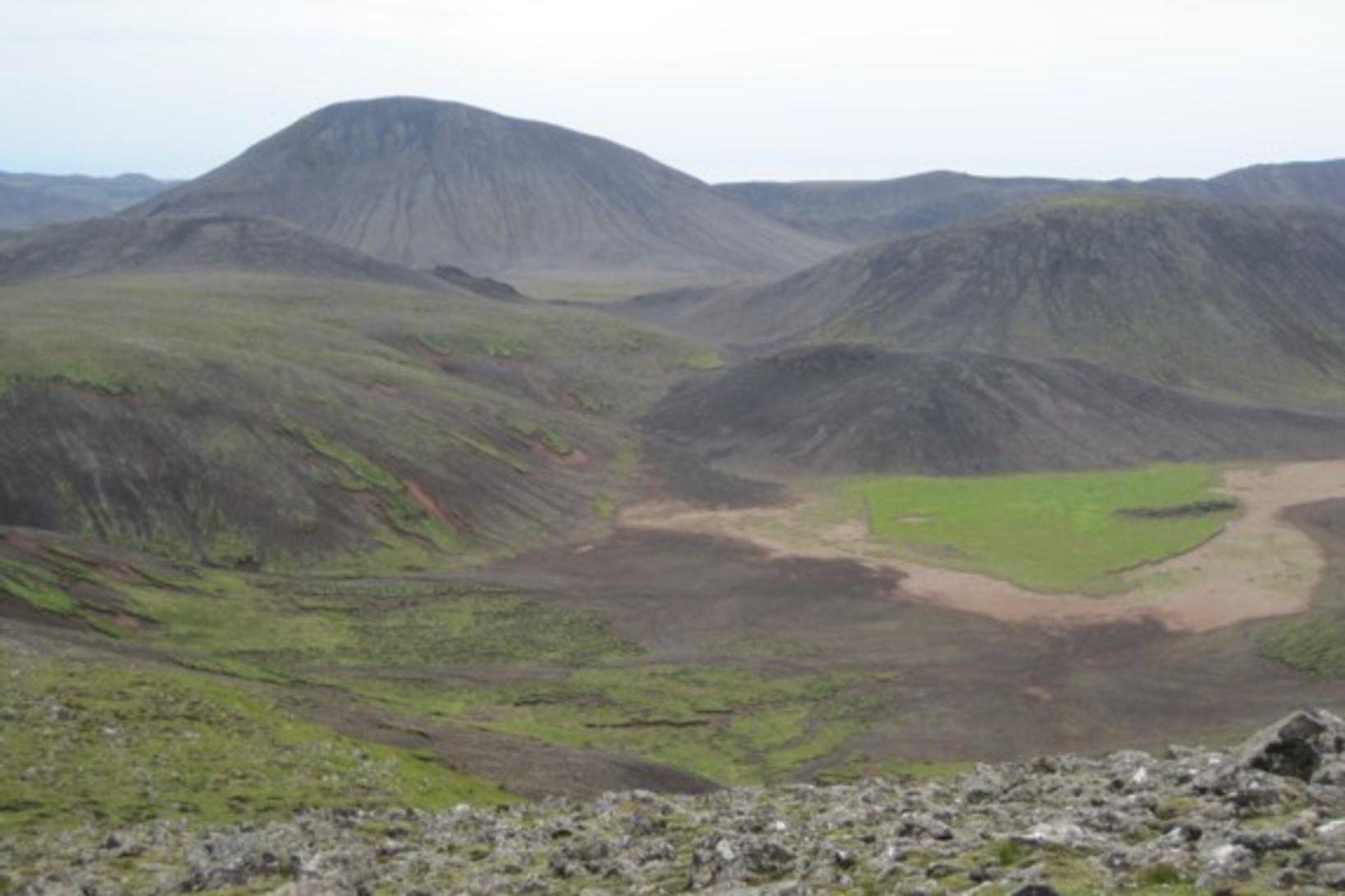 Myndin var tekin 31. júlí 2011. Svæðið hefur breyst örlíltið …