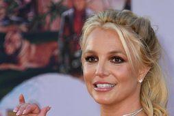 Britney Spears segir hræsni felast í heimildarmyndunum um hana.