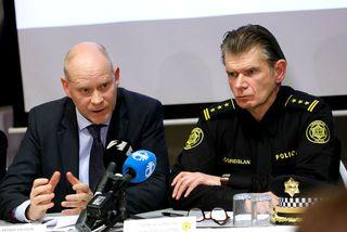 Karl Steinar Valsson (t.v.) og Grímur Grímsson sitja fyrir svörum