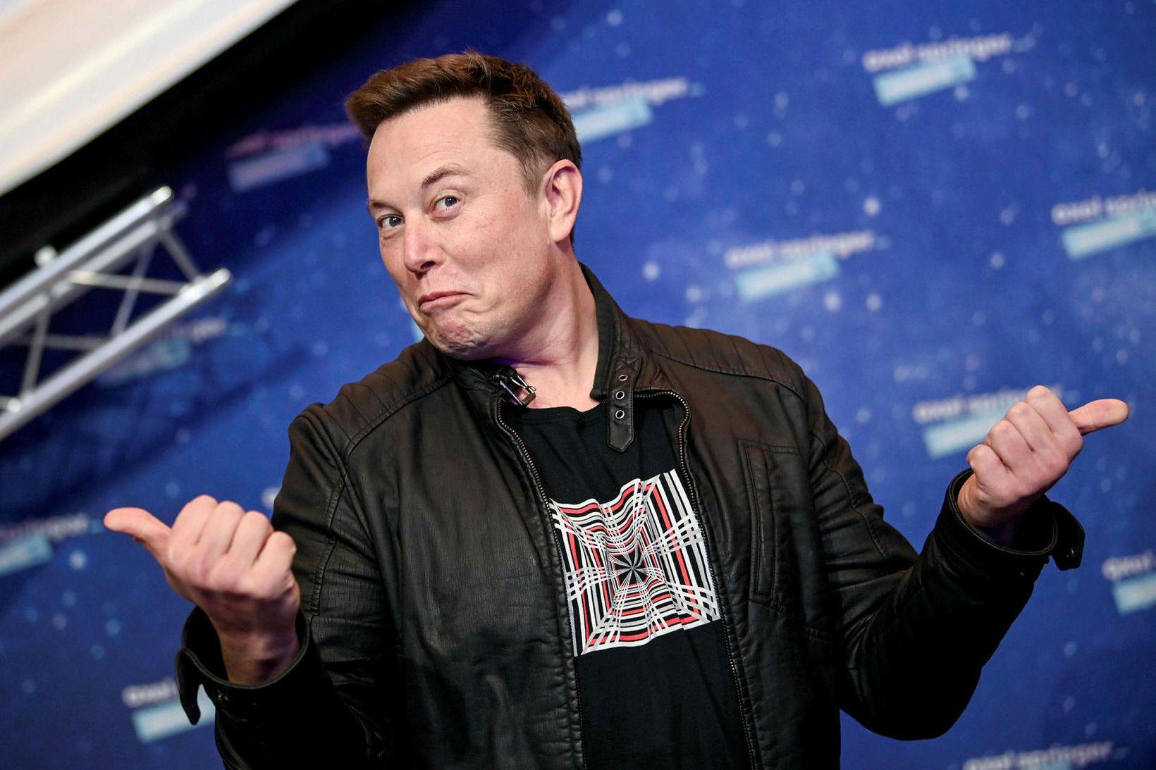 Elon Musk segir að Tesla muni ekki lengur taka við …